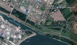 U planu hotel i pešački most na ušću Kanala DTD u Dunav
