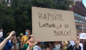 Beograd: Protest ispred Centralnog zatvora, traži se puštanje uhapšenih