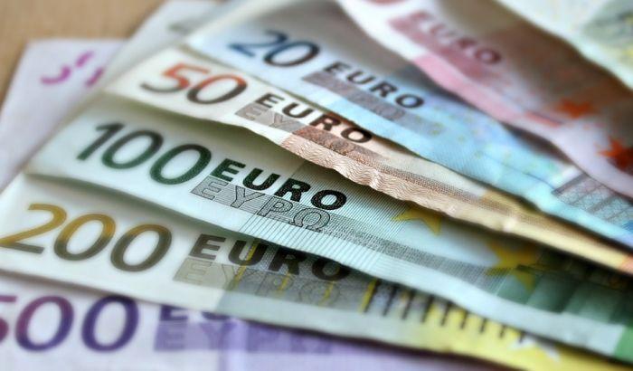 NBS: Otkriveno skoro tri puta više falsifikata evra i dolara nego prošle godine