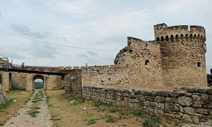 Mladić pao sa zidina Kalemegdana