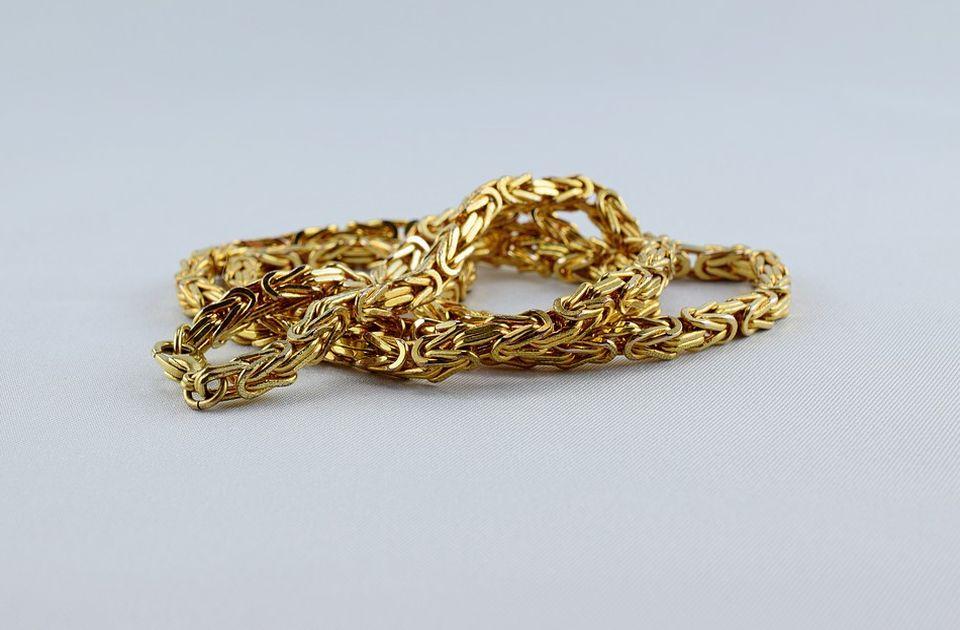 Novi propis: Zlato ne može da otkupljuje bilo ko, kazne do dva miliona dinara