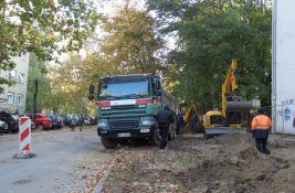 FOTO: Sređuje se parking u Berislava Berića