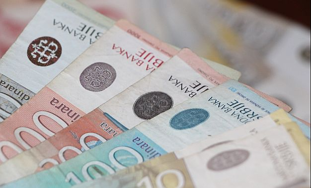 Madžar: Najave povećanja plata u Srbiji nemaju nikakvu realnu osnovu