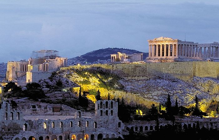 Građani sprečili da desetospratnice zaklone pogled na Akropolj, tužili ministarku