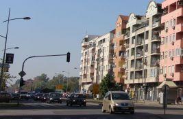 Semafor između Novog naselja i Detelinare u kvaru, niko ne kontroliše saobraćaj