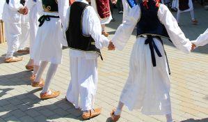 VIDEO: Folklornom ansamblu iz Novog Sada najviše priznanje Međunarodnog festivala plesnih umetnosti i pesme