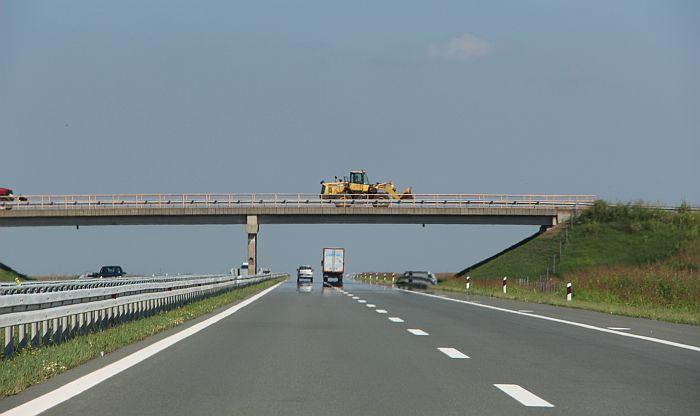 Borba: Srbija blizu dogovora sa Kinom da otkupi crnogorski dug za autoput