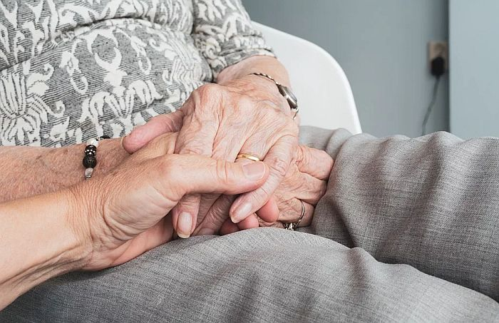U domovima za stare i socijalnim ustanovama 55 korisnika zaraženo koronom