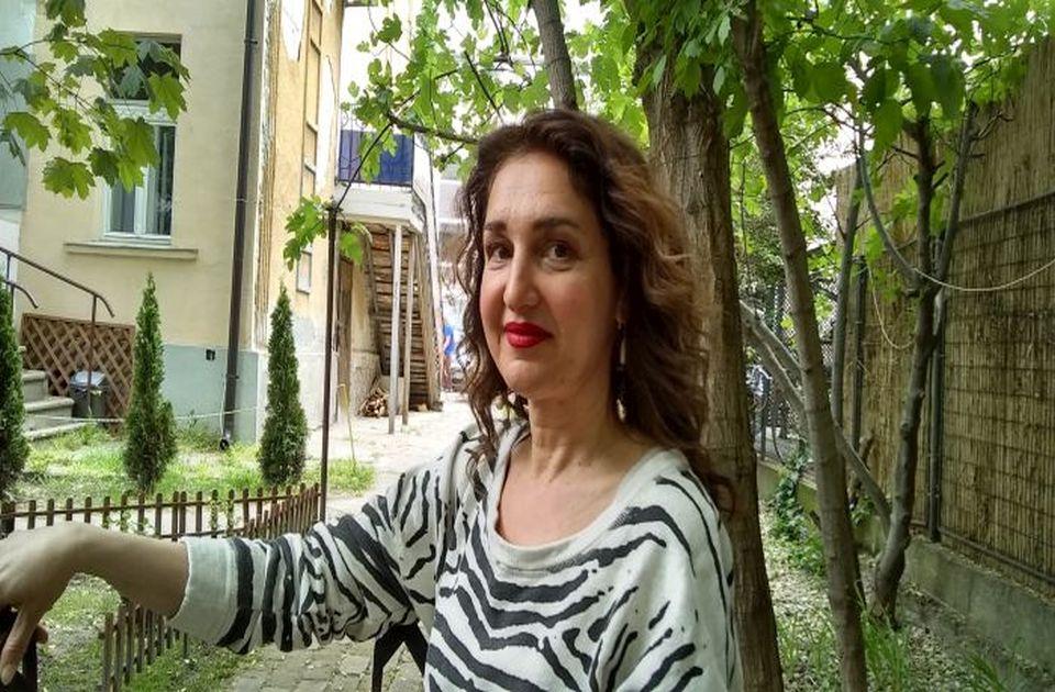 Staša Jamušakov - novinarka koja je u pozorištu našla srodno lice svoje duše