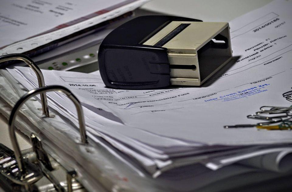 Od 1. januara korišćenje isključivo elektronskih faktura - ovo su prednosti i mane