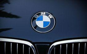 Otkriveno groblje 3.000 BMW vozila, zbog soli ostavljena da propadaju