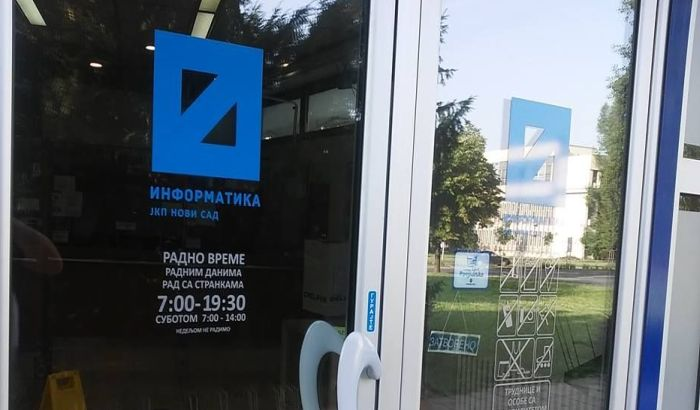 Direktori Informatike, Tržnice, Toplane i Stambene agencije podneli ostavke