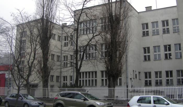 Isidorina gimnazija odugovlači da primi profesorku na radno mesto, sindikat traži smenu direktorke