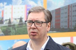 Vučić: Početkom 2022. penzionerima 20.000 dinara, do 2025. penzije 440 evra