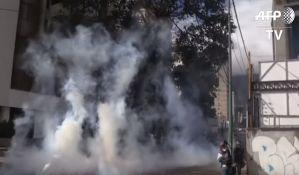 Situacija u Venecueli dramatična, ima poginulih, prošao prvi kamion pomoći