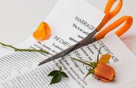 Razveli se posle tri minuta braka