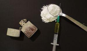 Državljanin Srbije švercovao 13 kilograma heroina u vozu u Sloveniji