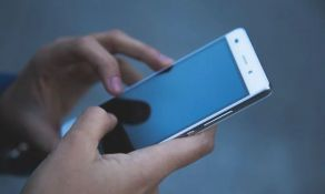 Novosađanina zlostavljali i sve snimali telefonom