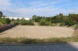 Novosadske inicijative: Izgraditi javni bazen na Novom naselju i sportski park na Avijaciji