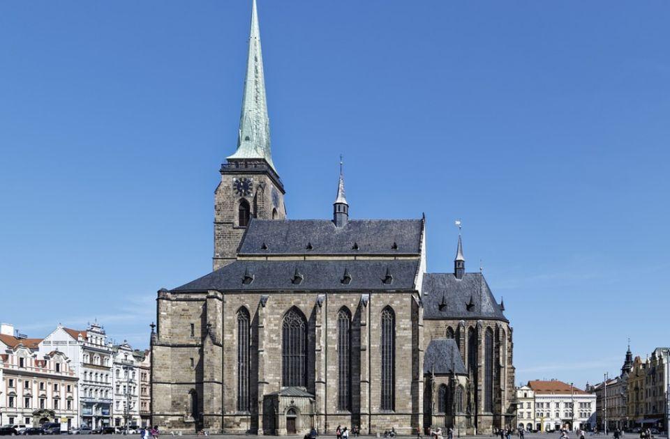 Par kažnjen zbog seksa na tornju crkve