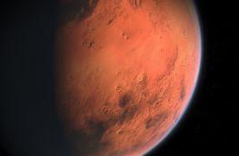 Zabeležen potres na Marsu, trajao sat i po