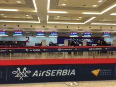 Avion na liniji Santorini-Brisel prinudno sleteo na beogradski aerodrom