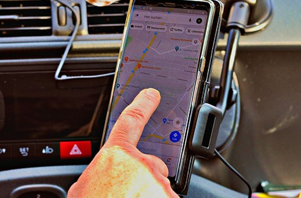 GPS-om nadzirao bivšu suprugu