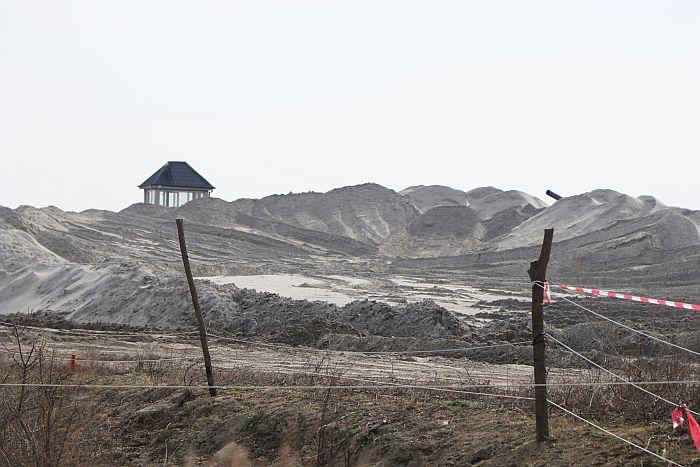 FOTO: Nekada šuma kraj Dunava, danas pustoš - Futožani se plaše za nasip