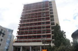 FOTO: Radnički opasan skelama, uskoro radovi na obnovi