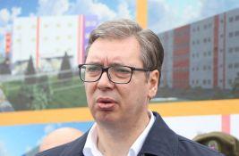 Vučić: Srbija ima mali broj dece, isprazniće nam se zemlja