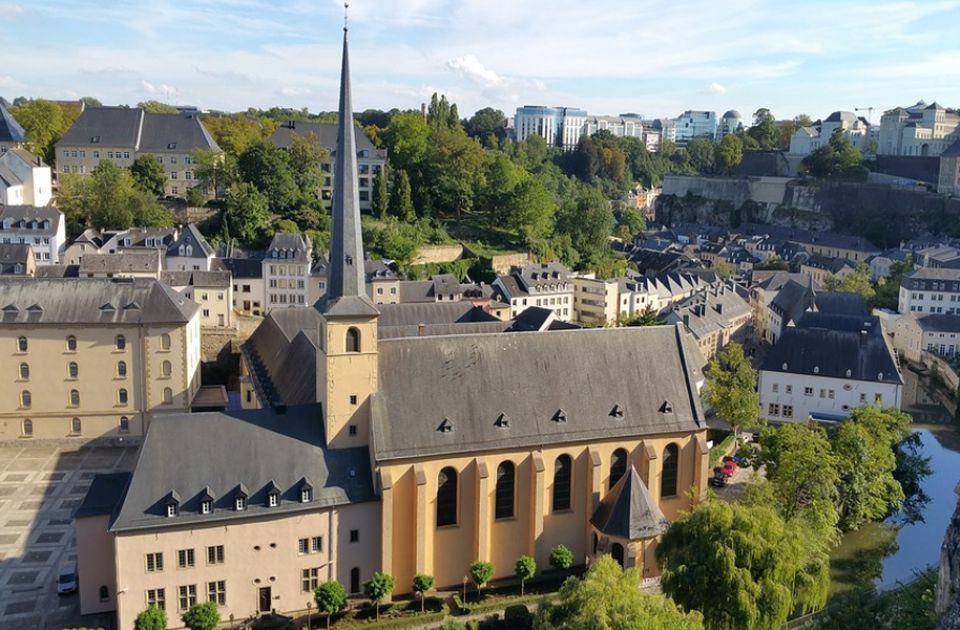 Luksemburg ima najviše automobila po stanovniku u EU
