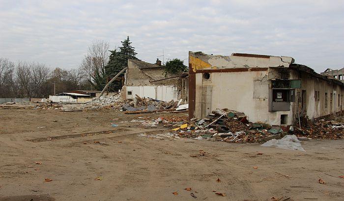 """FOTO: Srušena Sanitarija u Futoškoj, gradiće se kompleks """"Vojvođanka"""""""