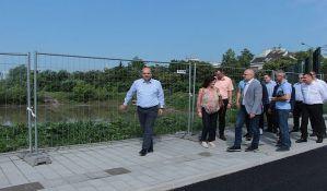 FOTO: Napreduje proširenje Bate Brkića, rešiće se problem nesuđenog bazena na Novom naselju