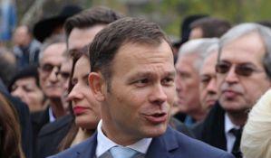 Zašto Siniši Malom nude mesto ministra bez obzira na aferu plagijat