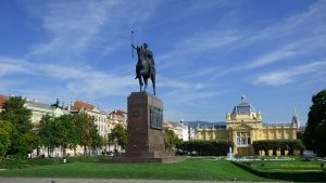 Hrvatska planira da uvede nove mere zboh velikog broja obolelih
