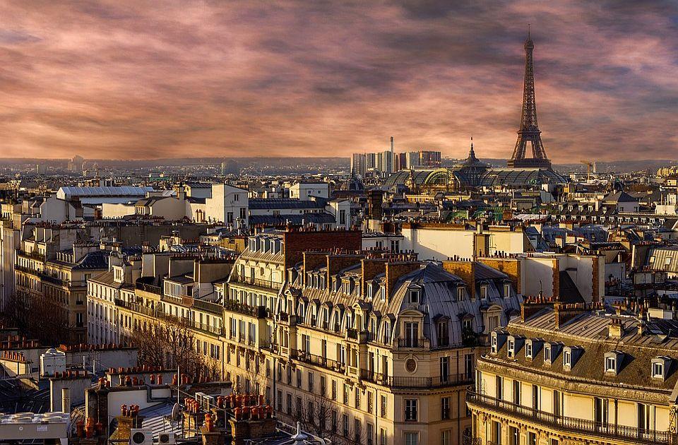 U Francuskoj sanitarna propusnica obavezna na mestima kulture, zabave i sporta