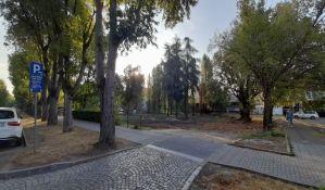 Prodaje se plac u Radničkoj da bi se gradio soliter od 12 spratova, grad može da zaradi 600 miliona dinara