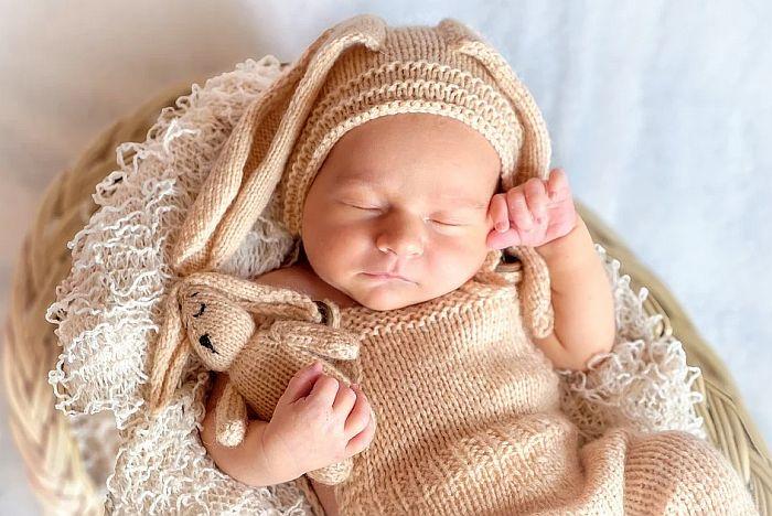U Novom Sadu rođeno sedam devojčica i 18 dečaka