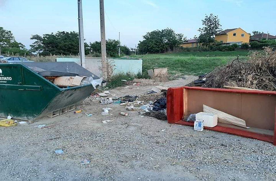 """U Karlovcima se gomila smeće, kamion u kvaru, nabavka suspendovana, pomaže novosadska """"Čistoća"""""""