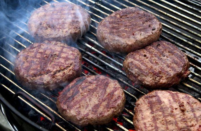 Da li će biljni burgeri uskoro potpuno zameniti one od mesa?