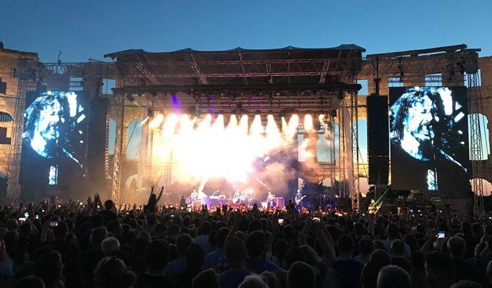 Foo Fighters najavili deseti studijski album u narednoj godini
