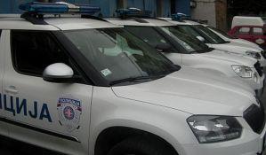 Hapšenje u Kragujevcu, uz pretnju šrafcigerom oteo telefone i novac