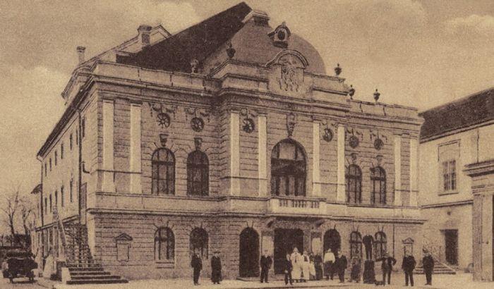 Najlepše novosadsko pozorište nestalo je u požaru