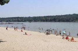 Gradsko zelenilo: Dunav raste, otežan pristup usporava uklanjanje nečistoće sa Štranda