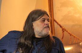 Teofil Pančić danas u Radio kafeu: