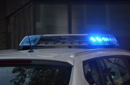 FOTO: Policija obavila uviđaj zbog performansa dvoje nagih umetnika