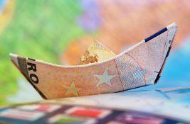 Poreznici traže podatke o onima koji puno troše na putovanja, stavovi stručnjaka različiti