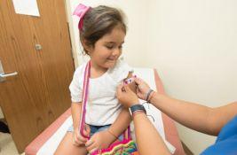 Imunizacija dece u Srbiji: Koje vakcine primaju od rođenja do punoletstva i zbog čega