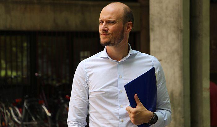 FOTO: Balša Božović prijavio Pravnom fakultetu u Novom Sadu plagijate Aleksandra Martinovića