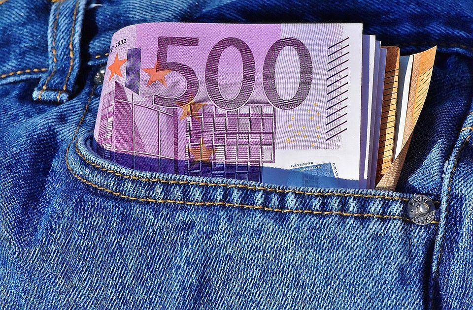 Radnik EPS-a u Žablju uhapšen zbog mita od 500 evra